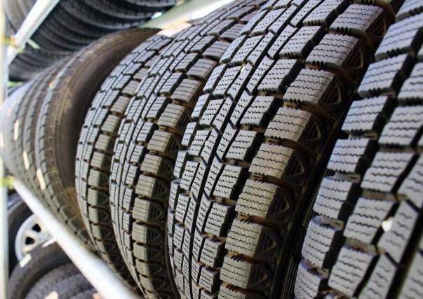和歌山で自動車修理を行う「オートガレージサクライ」にタイヤ交換もお任せ!