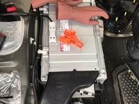 和歌山市内のお客様よりプリウスアクア持込みメインバッテリー交換の画像1