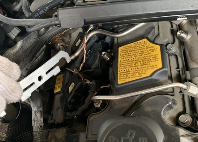BMW1シリーズE87 エンジン不調の為、インジェクター交換