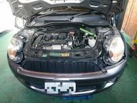 BMW MINI 水漏れによるサーモハウジングASSY交換!の画像1