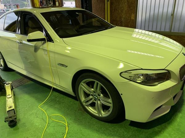 BMW F10 アクティブステアリングの異常で点灯の為、点検